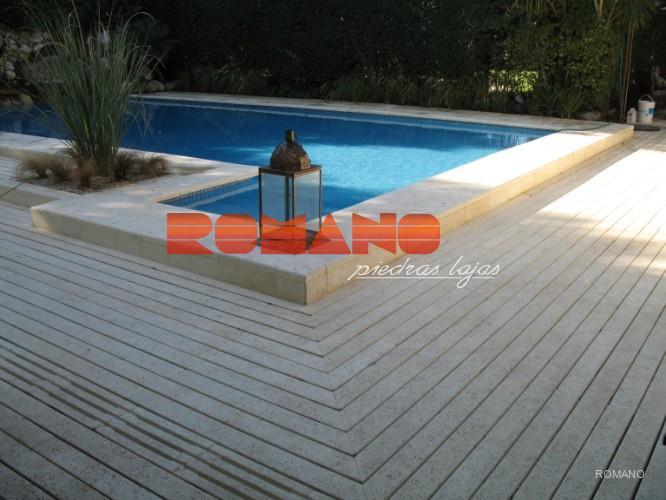 Piscinas romano piedras lajas for Borde piscina hormigon